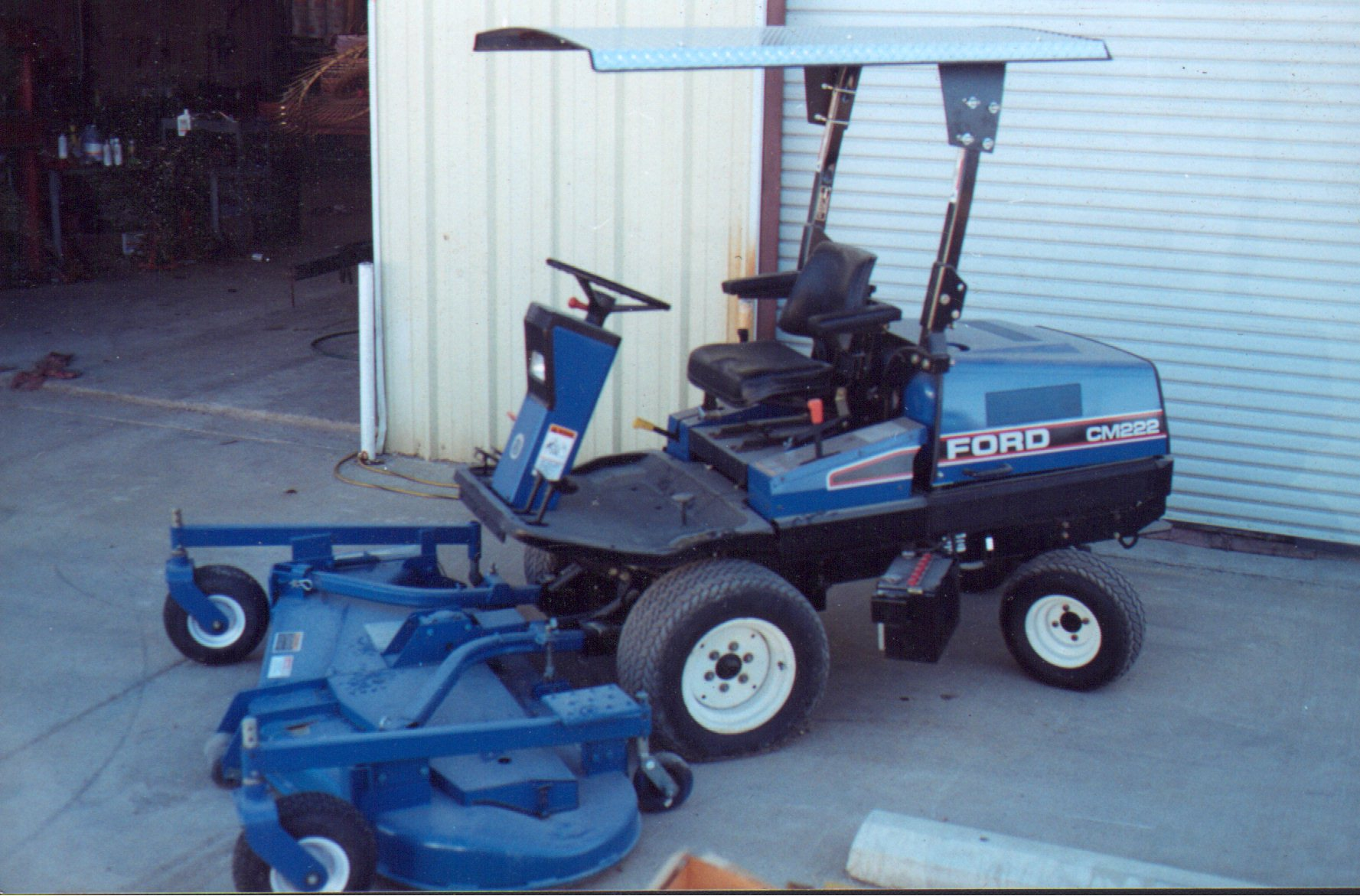 Custom Fit Canopies & Wells Ag Company - Commercial Mower Canopies